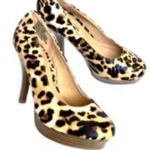 Kenneth Cole Pumps 8.5 Cheetah Print pumps